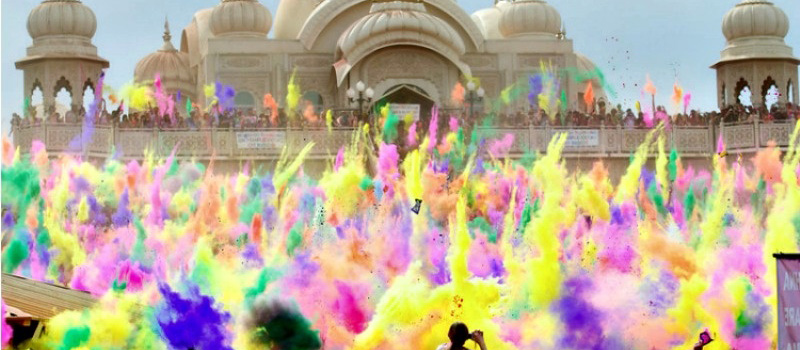 holi in udaipur
